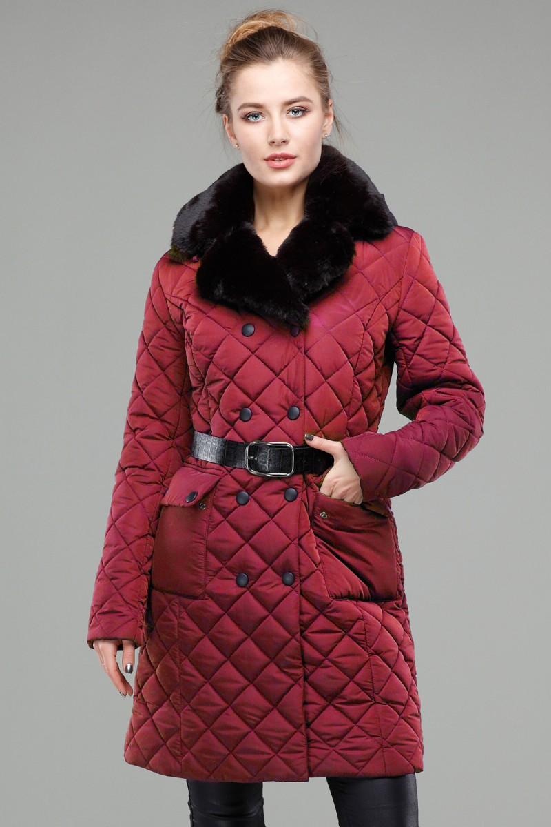 стеганное пальто на синтепоне бордового цвета с поясом
