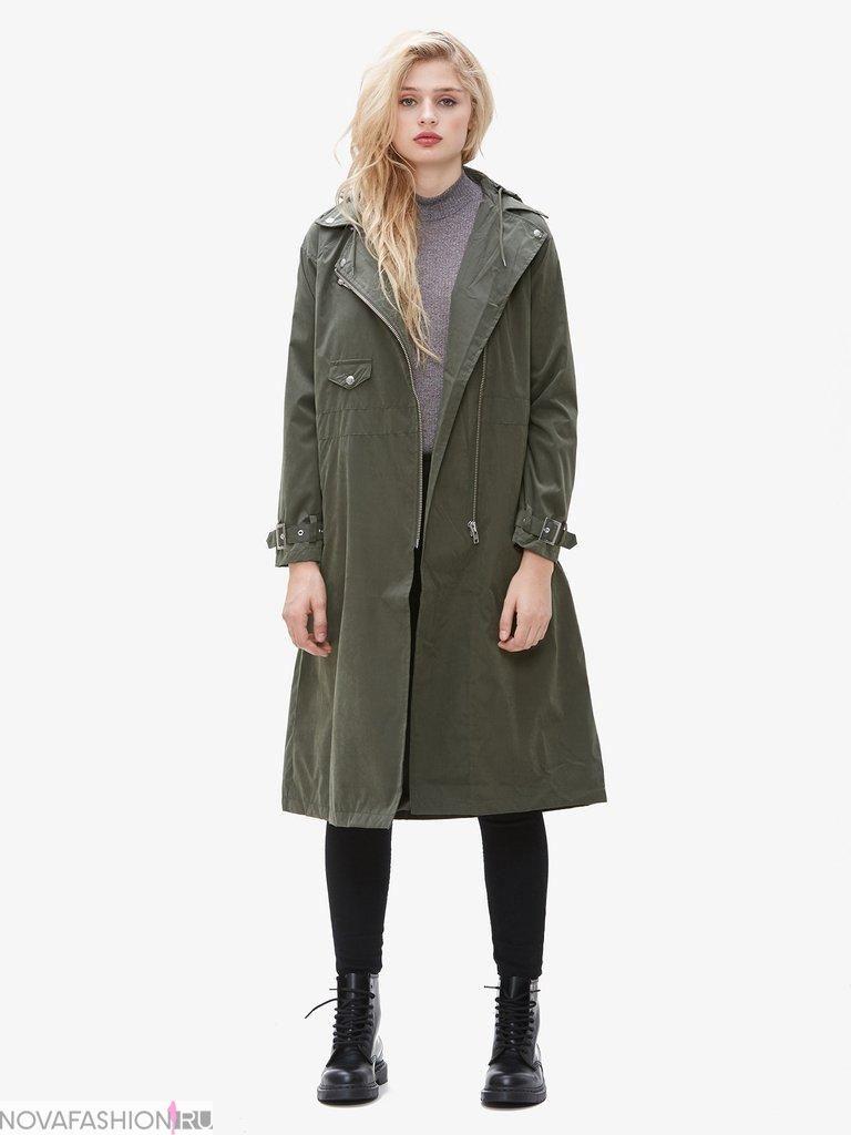 серое пальто ниже колена