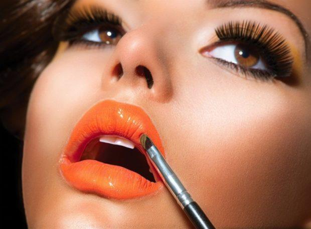 оранжевая губная помада