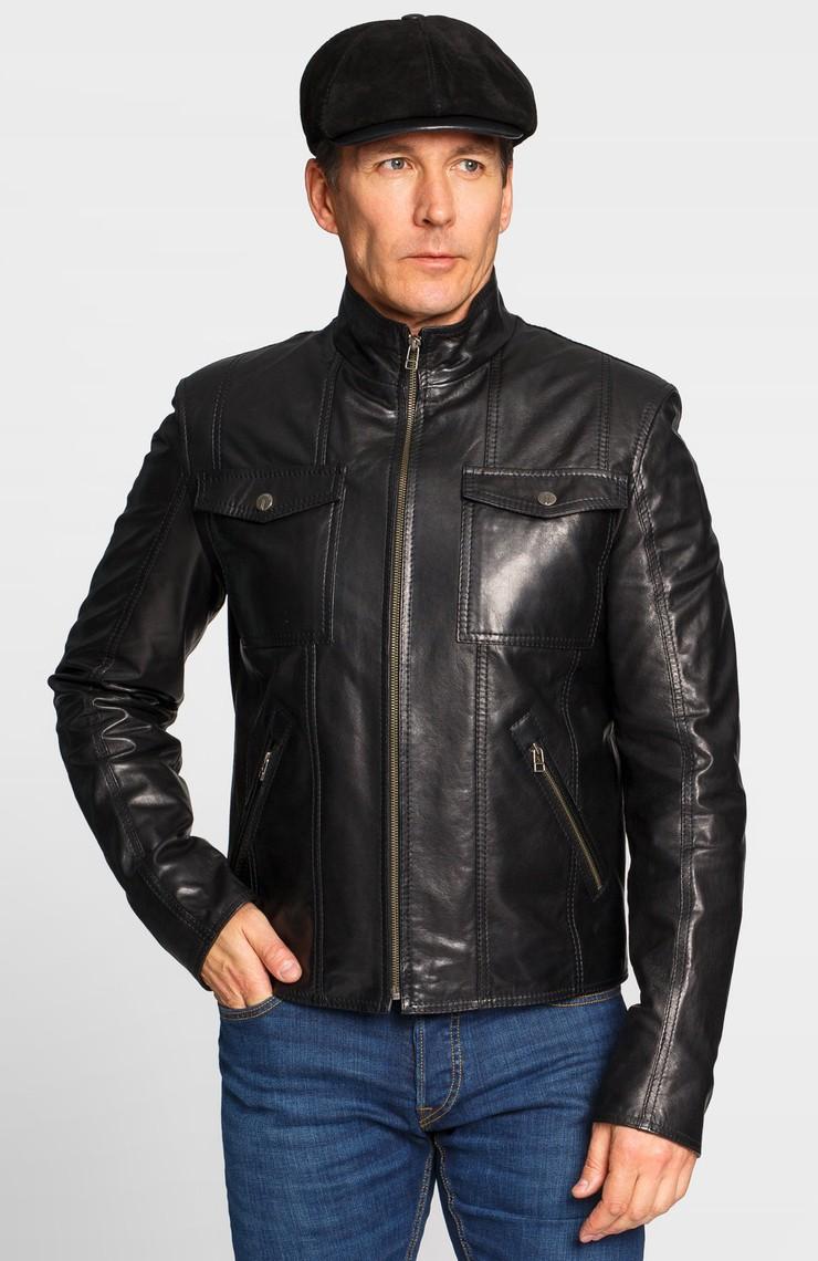 черная куртка на молнии