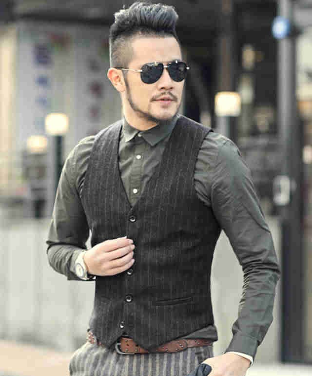 рубашка и жилетка черного цвета