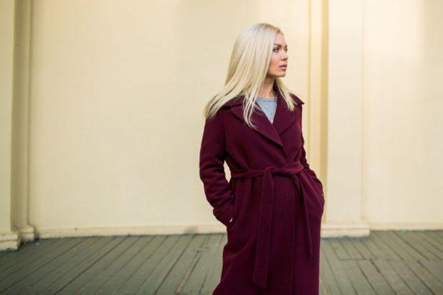palto-cveta-marsala-dlya-blondinok