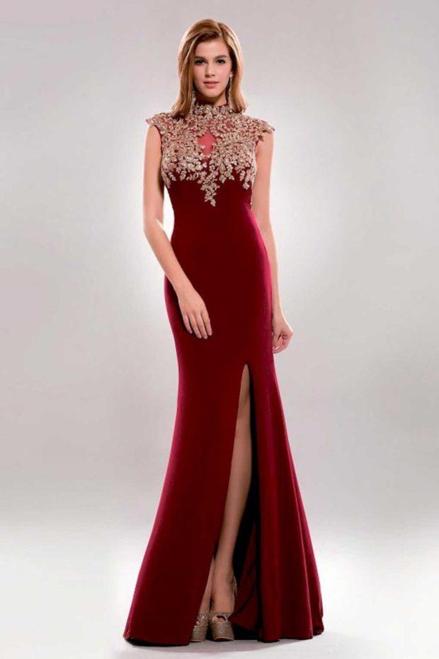 длинное платье цвета марсала с разрезом