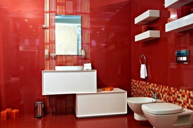 ванная комната цвета марсала