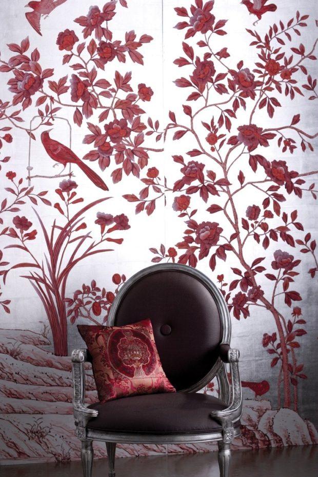 обои и мебель цвета марсала