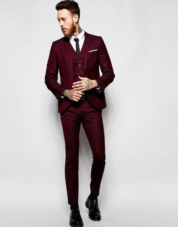 мужской костюм цвета марсала