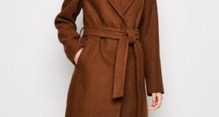 Стильные женские пальто весна 2020 года: какие цвета и фасоны в тренде этой весной.