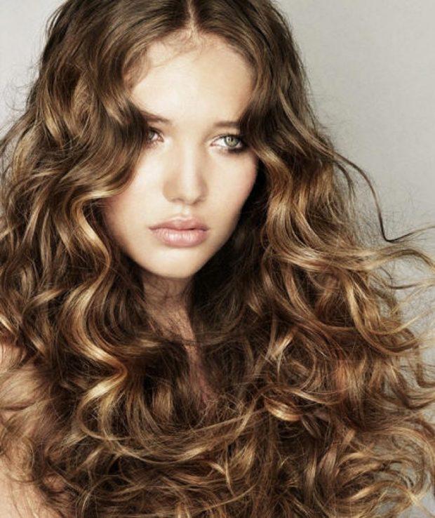стрижки на длинные волосы: итальянка без челки классический вариант
