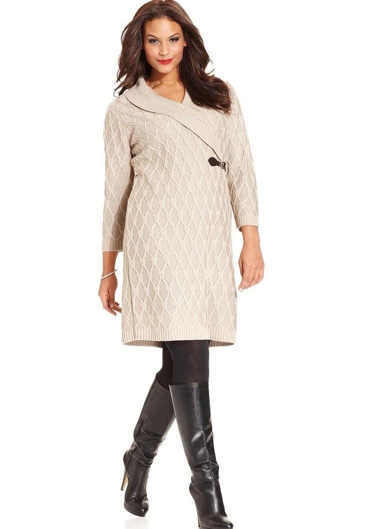 вязаное платье для полных белого цвета длиной миди