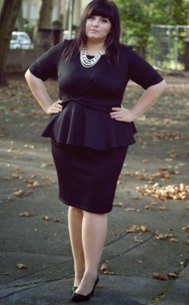 платья полным женщинам: офисное черного цвета