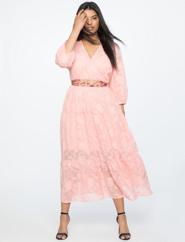 Модные платья для полных женщин: летние