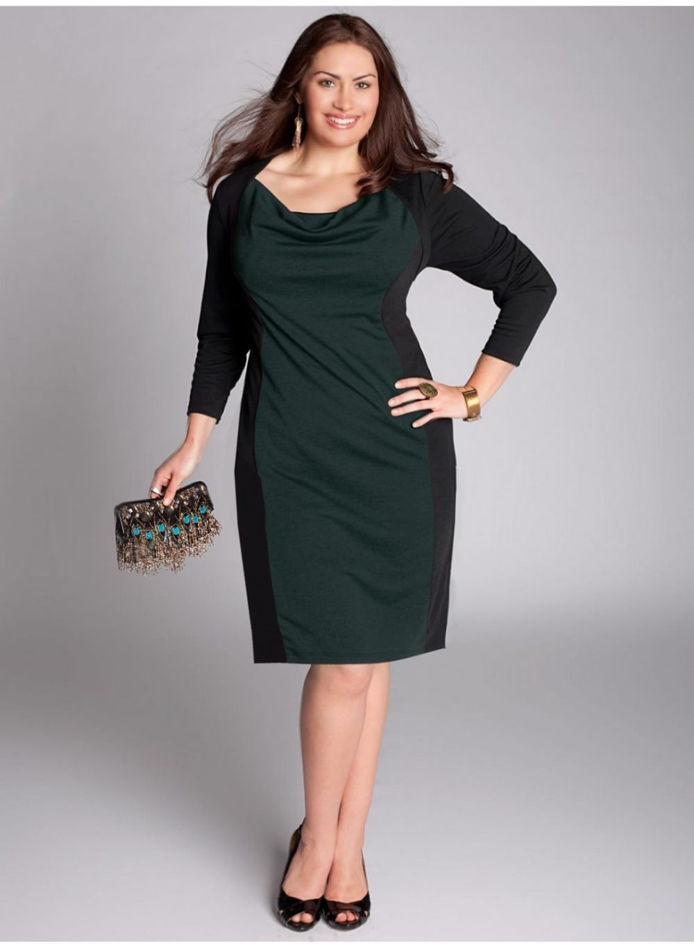 платье зеленое с черным миди