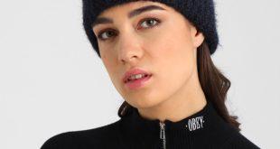 Модные женские вязаные шапки 2018 2019. Фото.