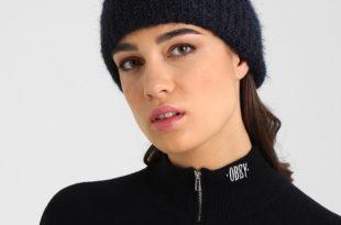 Модная вязаная шапка 2018 2019