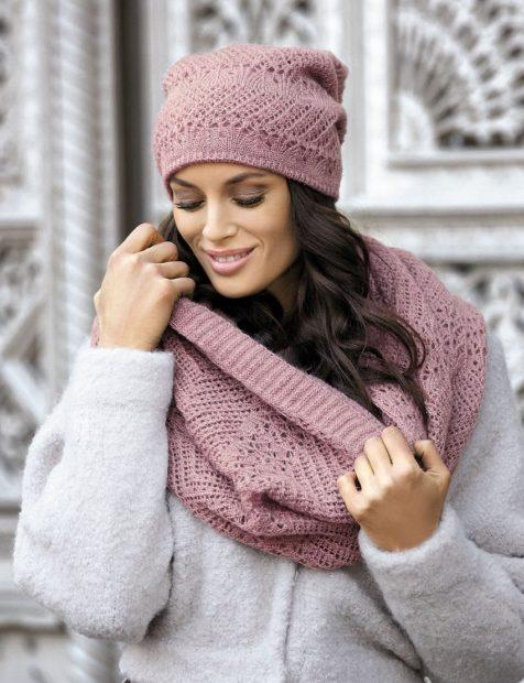 вязаные шапки 2018 2019 женские: снуд розовая