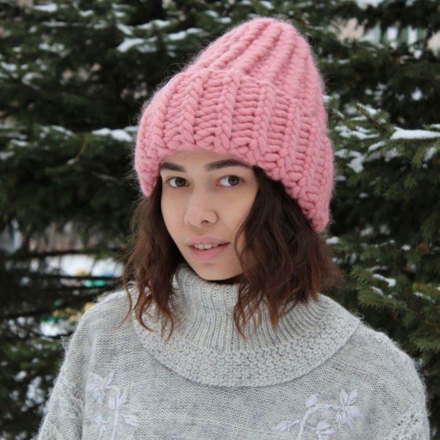 смотри модные вязаные шапки осень зима 2019 2020 года 103 фото