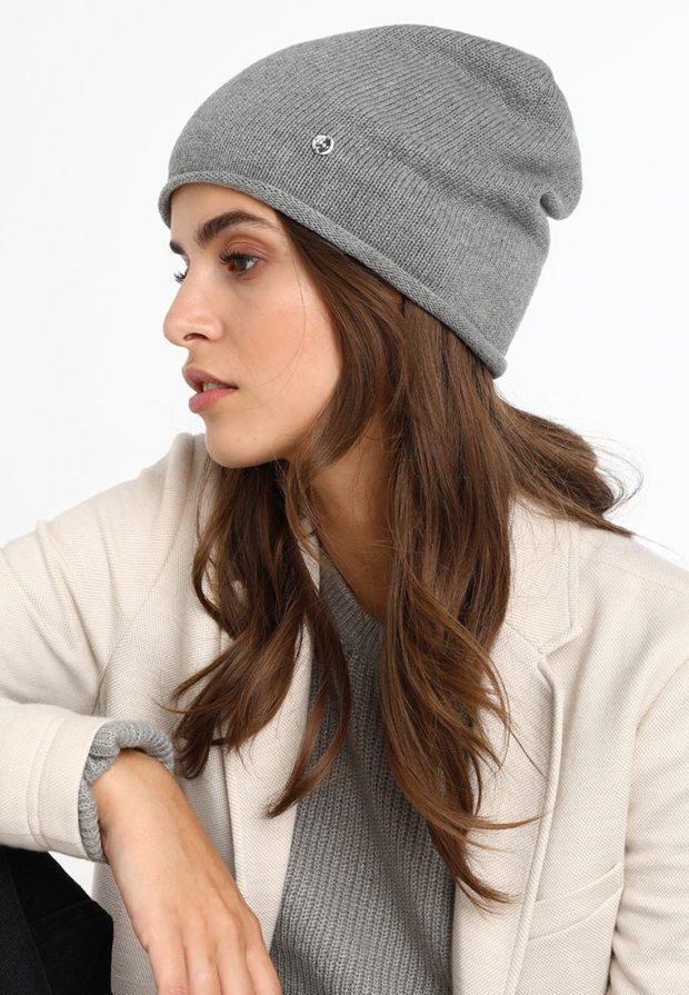 женские шапки вязаные: из Италии серая