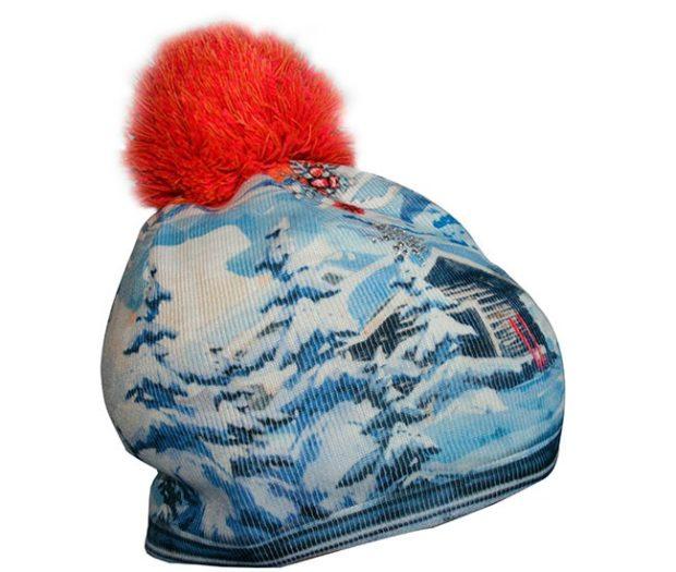 модные вязаные шапки: с рисунками красный помпон