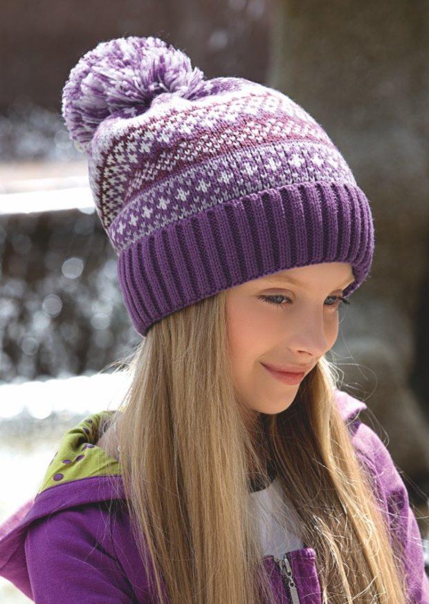 вязаная шапка: для девочек сиреневая