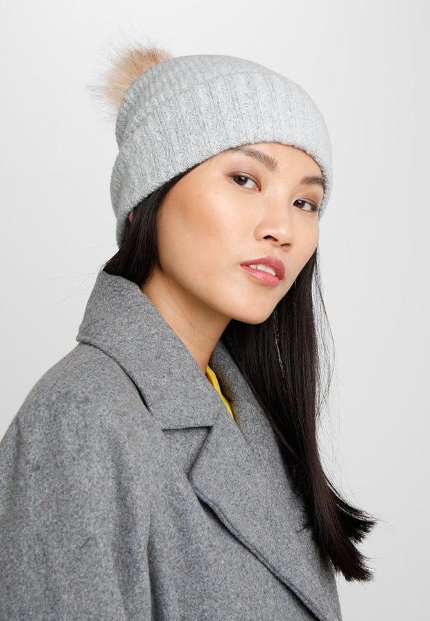 81bcb78610f Смотри! Модные вязаные шапки осень-зима 2019-2020 года 103 фото