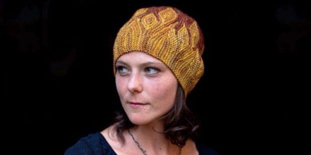 шапки вязаные женские осень зима: поперек желтая