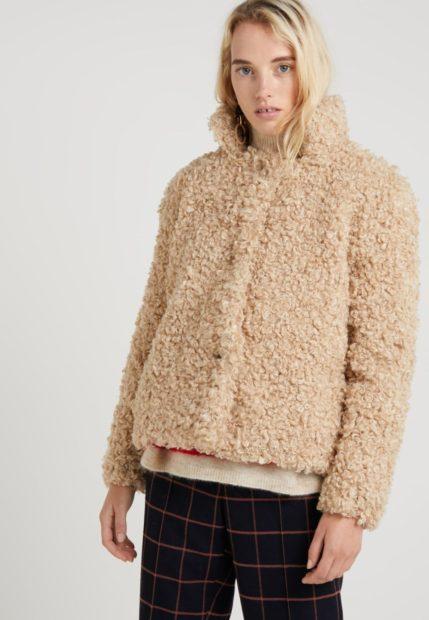 Женская короткая зимняя куртка 2018 2019