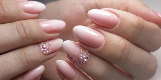 Нежный маникюр: красивый дизайн ногтей нежного цвета. Фото. Новинки 2020-2021.
